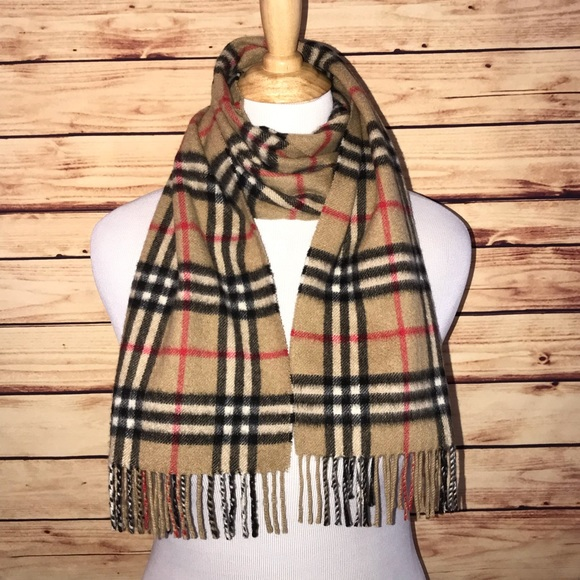 a511d1dbd00 Burberry Other - Burberry Vintage Check Cashmere Fringe Scarf